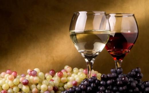 Можно ли давать детям вино